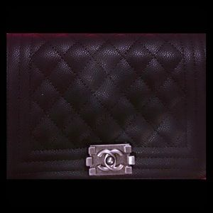 ISO this vip exclusive gift from Chanel!
